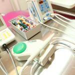 Materiały i przyrządy stomatologiczne